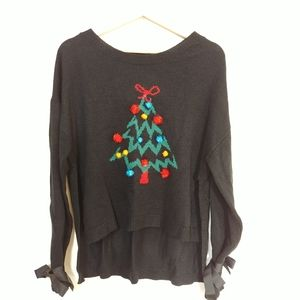 Rue 21 Holiday sweater L
